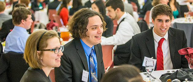 College of Business students talk at Student Etiquette Dinner